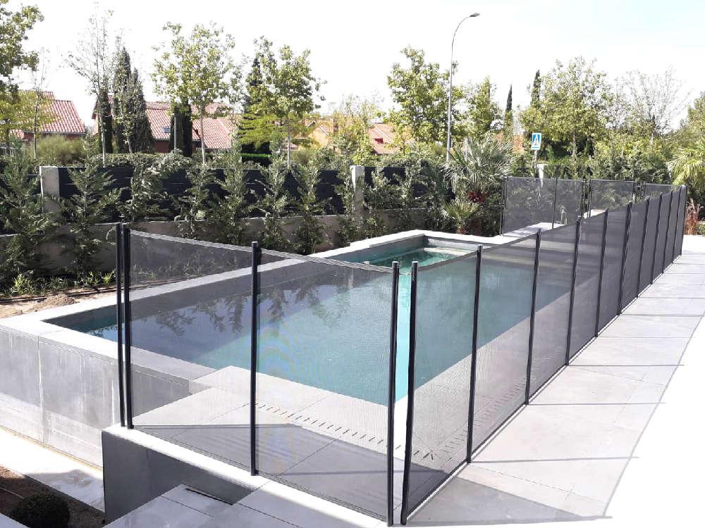 Vallas-seguridad-desmontables-piscina-instalacion-galeria-04